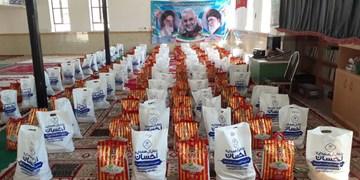 توزیع 400 بسته معیشتی در بین نیازمندان لوداب