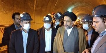 بازدید وزیر اطلاعات از پروژه قطار شهری کرج/ پایان فاز اول پروژه همزمان با میلاد رسول اکرم (ص)