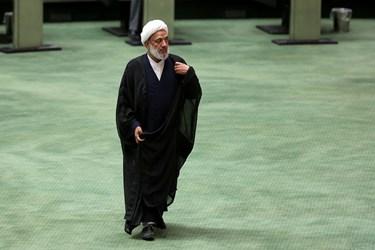 مرتضی آقاتهرانی نماینده مردم تهران  در صحن علنی مجلس