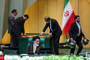 شمارش آراء جهت انتخاب هیات رئیسه مجلس یازدهم