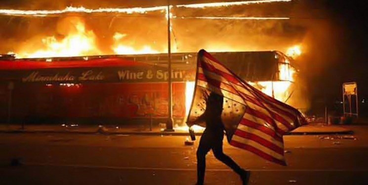 اغتشاشات در آمریکا رونمایی از اندروید 11 را به تعویق انداخت/گوگل: حالا وقت جشن گرفتن نیست