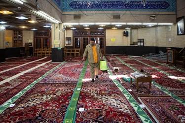 بازگشایی مساجد بعد از ۷۴ روز