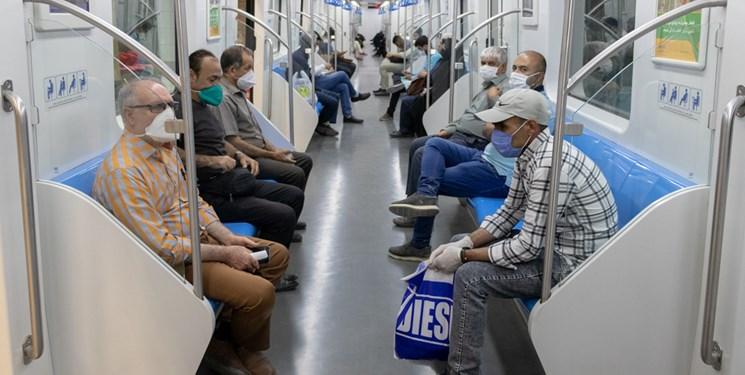 اجرای طرح خیر در مترو برای توزیع ماسک رایگان به نیازمندان