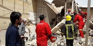 انفجار ساختمان مسکونی در بلوار انصارالحسین/7 مصدوم تاکنون از زیر آوار خارج شدند