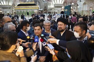 مصاحبه محمد مخبر رئیس ستاد اجرایی فرمان حضرت امام (ره) با رسانه ها