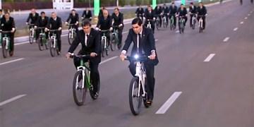 اعطای نشان عالی اتحادیه بینالمللی دوچرخهسواری به «بردی محمداف»