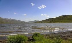 طبیعت زیبای «دریاچه نئور» در اردبیل