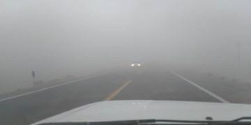 مسدودشدن راه ارتباطی 27 روستای ریگان بر اثر گردوغبار شدید و طوفان شن