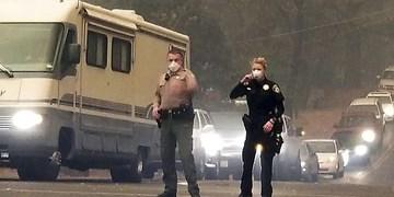 درگیری ماموران پلیس با پرسنل نیروی هوایی آمریکا  نزدیک کالیفرنیا