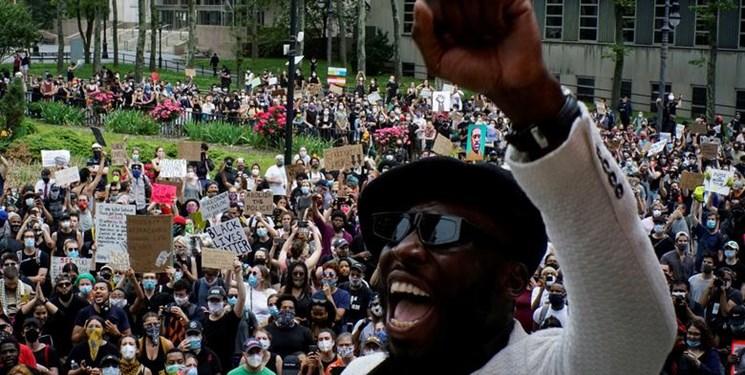 تظاهرات میلیونی سیاهپوستان نشانه فروپاشی آمریکا است