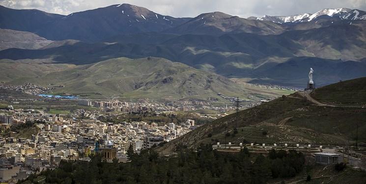 نصب بزرگترینمجسمه مقاومت کردستان در سنندج