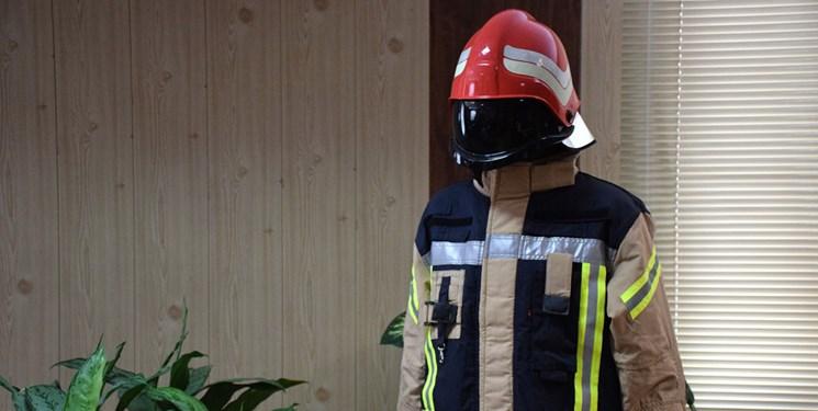 تجهیز آتشنشانان اراکی به لباسهای استاندارد