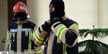 فیلم|تجهیز آتشنشانان اراکی به لباسهای استاندارد