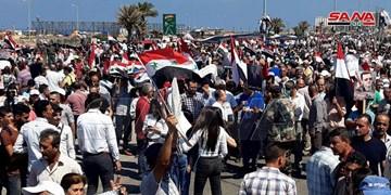 الجزائریها به کمک ملت سوریه برای غلبه بر تحریمهای آمریکا آمدند