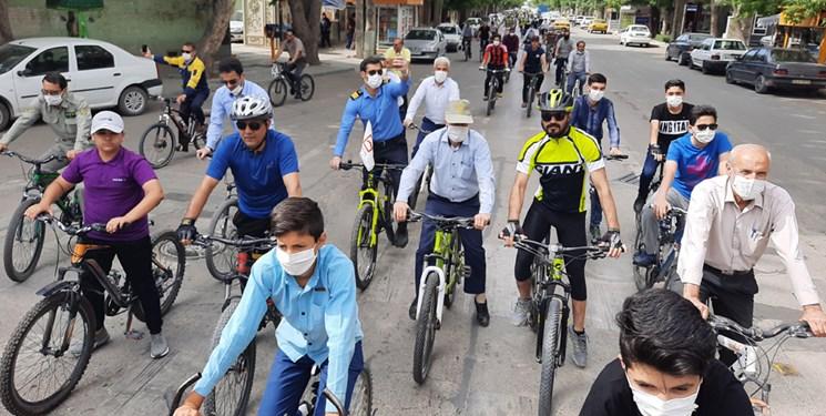 همایش دوچرخه سواری آقایان در بجنورد