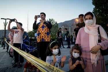 حضور مردم در آئين رونمايی از سامانه پدافندی سوم خرداد/درياچه شهدای خليج فارس
