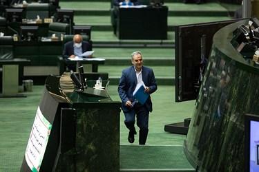 دکتر کاظم خاوازی وزیر جهادکشاورزی در جلسه علنی مجلس / ۱ تیر ۹۹