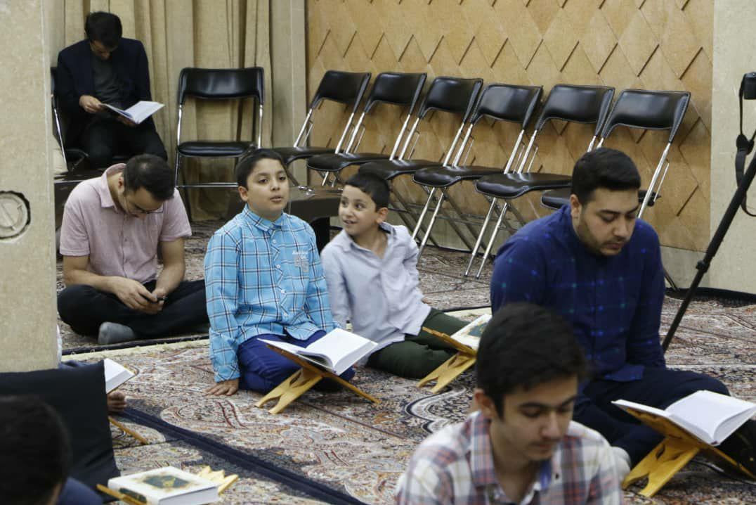 13990402000417 Test NewPhotoFree - تلاوت قلعهنویان و ایزدپناهی در جلسه قرآن حسینیه فاطمهالزهرا (س)+صوت و عکس