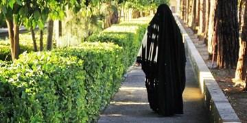 دختر «سِتپوش» محلات، حالا سرباز حاج قاسم است/ وقتی آقا گفتند باید قوی شویم، تولید مانتوی باکیفیت ایرانی را شروع کردیم