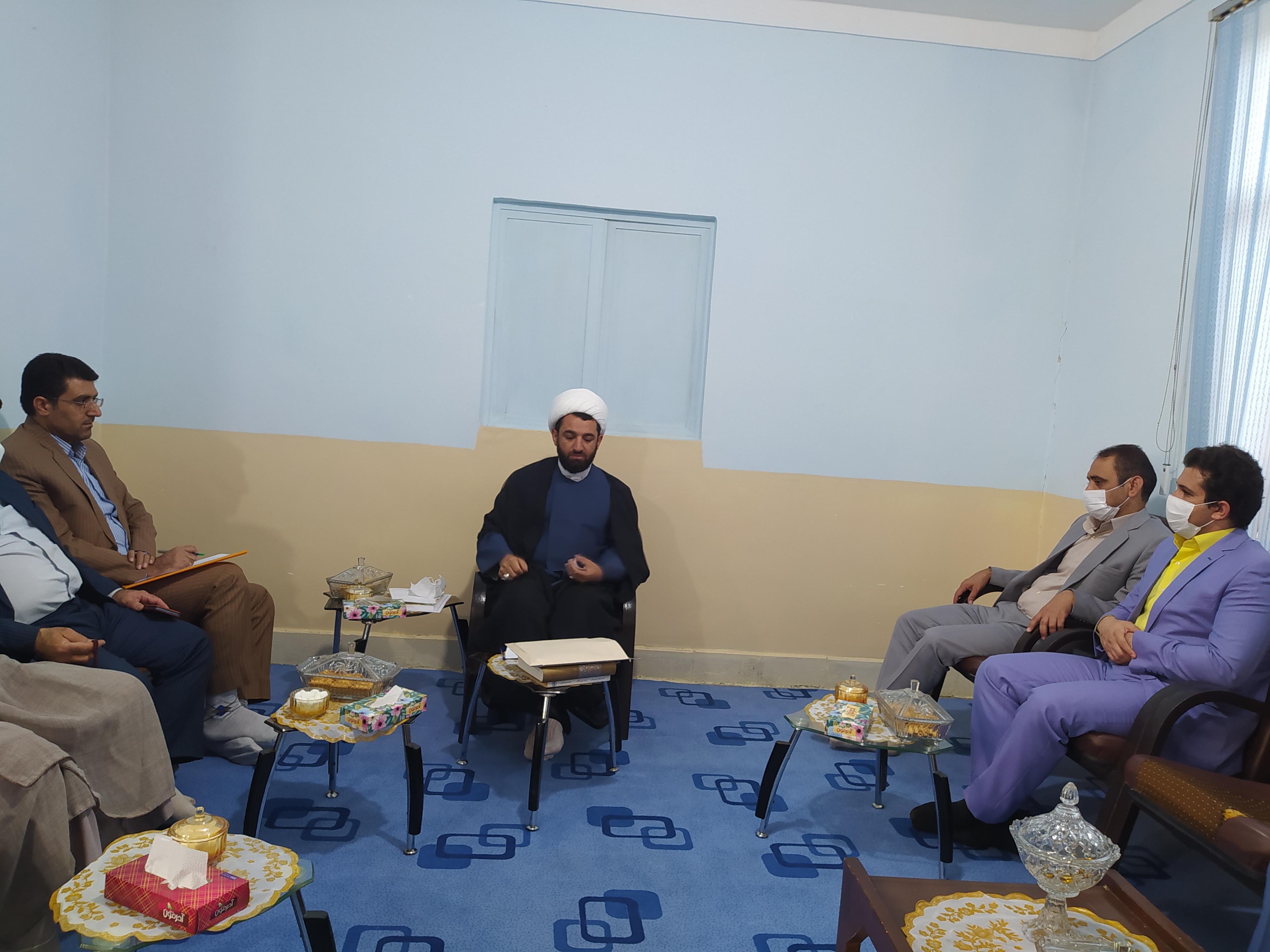 انتقاد امام جمعه دهدشت از وضع بهداشت و مسکن