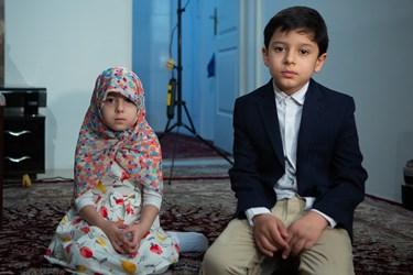 فرزندان شهید مدافع حرم جواد الله کرم به نامهای علی اکبر و زهرا الله کرم