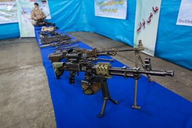 تیربار ثُعبان در آئین رونمایی از دستاوردهای دفاعی سپاه