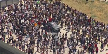 فیلم | معترضان به نژادپرستی، بزرگراه «کلرادو» را بستند