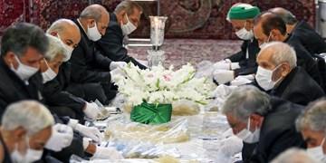 آمادهسازی سوغات متبرک برای میهمانان امام رئوف/ توزیع ۸۰۰۰ کیلو نبات در دهه کرامت