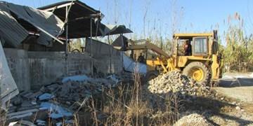 تخریب 4 بنای  تجاری ومسکونی غیرمجاز در سنندج
