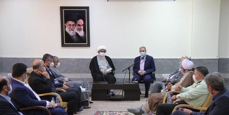 تاکید امام جمعه بوشهر بر  توسعه ترانزیت بندری