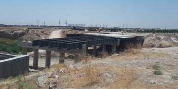 احداث پل صالحیه باعث تضییع حقوق مردم و هدررفت بیتالمال میشود