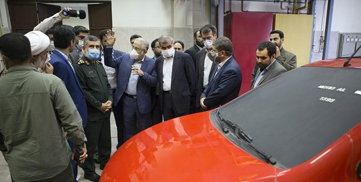 بازدید سردار حاجیزاده از پژوهشکده خودرو دانشگاه علم و صنعت