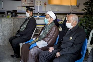عکس| عطر پرچم  حرم امام رضا(ع) در پایخت انرژی کشور