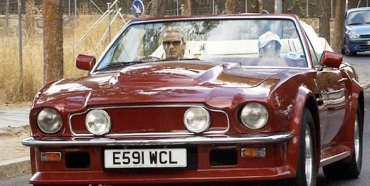 بکام خودروی 3 میلیون دلاری اش را  برای  فروش گذاشت