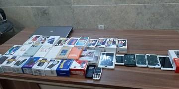 دستگیری سارق حرفهای تلفن همراه در آباده