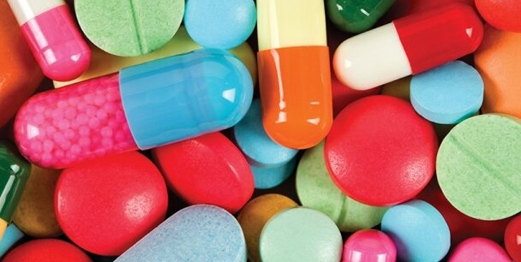 چند نفر بر اثر مسمومیت با داروها جان خود را از دست دادند؟