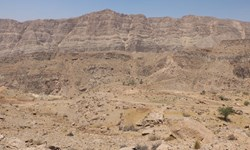 هشدار درباره  برداشت غیراصولی خاک از کوههای اطراف صوفیان