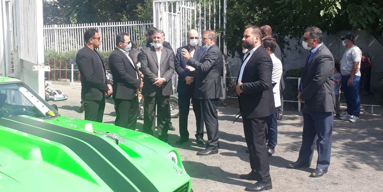 افتتاح آکادمی بینالمللی اتومبیلرانی در غیبت وزیر / علینژاد: اجازه دهید درباره فوتبال حرف نزنم