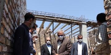 تسریع در عملیات بازسازی مناطق زلزلهزده میانه و سراب/ اجرای طرحهای ضروری معابر 15 روستای زلزلهزده