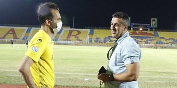 گزارش تصویری از حواشی و حضور پارس جنوبی جم در میدان در غیاب بازیکنان استقلال