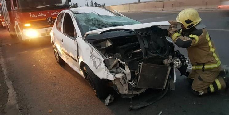واژگونی206 یک کشته و 3 مجروح برجای گذاشت