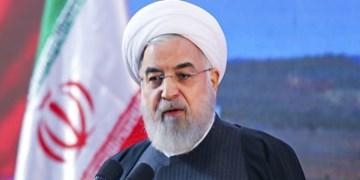 روحانی: جهش بزرگ پتروشیمی تا 1404/ رونق تولید داخلی راه بی نیازی از قطعات خارجی
