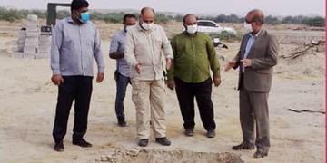 بازدید فرماندار بندرعباس از روند خاکسپاری بیماران کرونایی