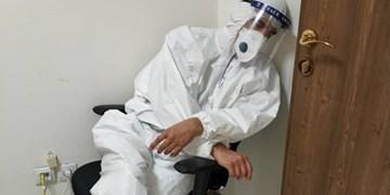 عضو کادر درمان کرونا: این روزها حس «جنگ اُحد» را دارم!/ کدام گروه 50 متر جلوتر از خط مقدم با کرونا میجنگد؟+فیلم