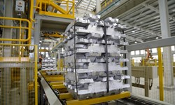 تولید سالانه بیش از ۱۶۳ هزار تن شمش و پروفیلهای فولادی در گرمسار