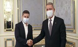 وزیر دفاع ترکیه با رئیس جمهور اوکراین دیدار کرد
