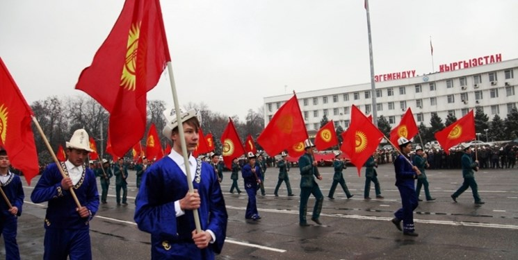 آمادگی احزاب سیاسی قرقیزستان برای حضور در انتخابات پارلمانی
