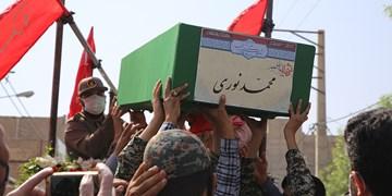 تشییع پیكر شهید مدافع حرم در قرچک