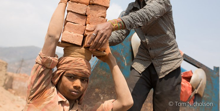 کرونا زندگی کارگران در سراسر جهان را ویران کرده است