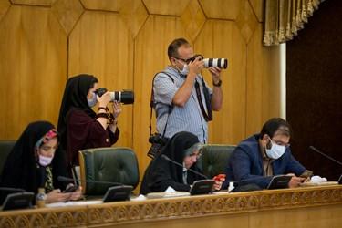 حضور خبرنگاران و عکاسان در نشست خبری علی ربیعی سخنگوی دولت
